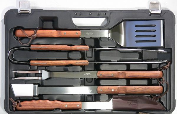 Heritage Professional Barbeque Set 79 Sold The